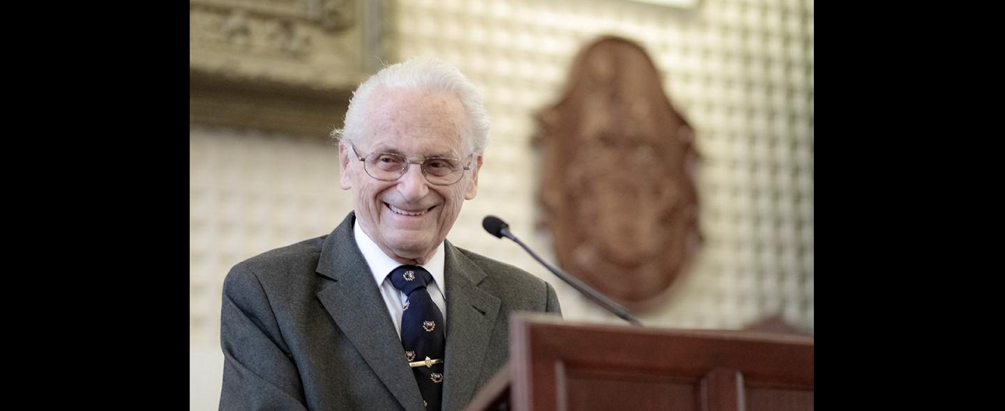 Állami kitüntetésben részesült Magay Tamás professzor